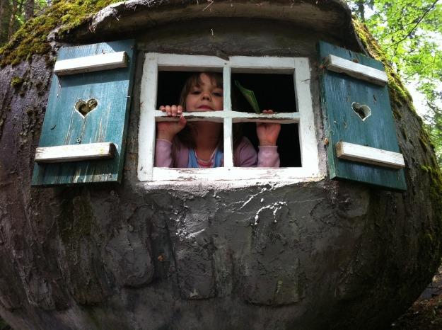 Treehouse Play Fairy Tale Park Children Window